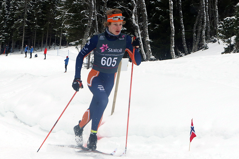 Ansgar Evensen på vei mot gull på 10 kilometer klassisk for Menn 17 år under Junior-NM i Harstad 2017. Foto: Erik Borg.