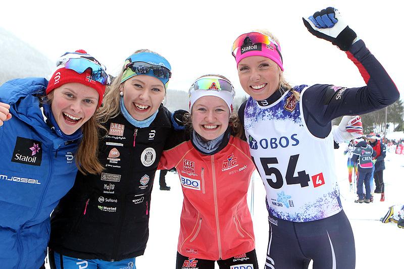 Opplands vinnerkvartett fra damestafetten under Junior-NM i Harstad 2017. Fra venstre: Mathilde Myhrvold, Marthe Lindmoen, Tuva Bakkemo og Marte Mæhlum Johansen. Foto: Erik Borg.