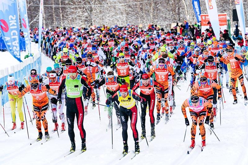 Starten har akkurat gått i Årefjällsloppet et tidligere år. Foto: Magnus Östh/Visma Ski Classics.