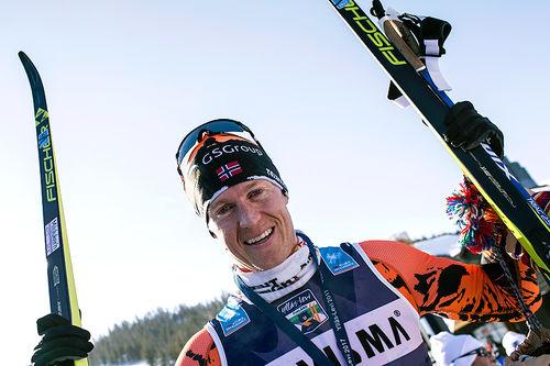 Petter Eliassen vant Ski Classics-finalen Ylläs-Levi 2017. Etter rennet la han opp, men i 2018/2019-sesongen gjør trønderen comeback. Foto: Manzoni/NordicFocus.