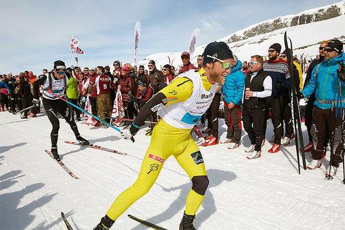 Martin Johnsrud Sundby foran Toni Livers underveis i Skarverennet en tidlligere vinter. Livers spurtvant til slutt rennet. Arrangørfoto.