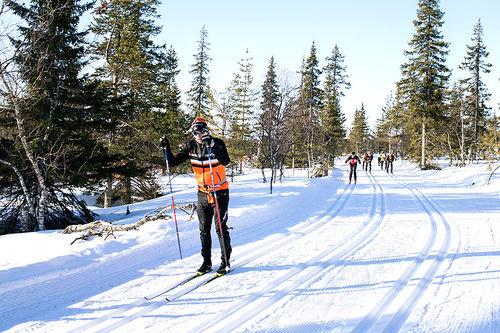 Mot slutten av sesongen er det fortsatt mange ulike langløp og showrenn igjen på programmet. Her trener Petter Eliassen i løypa til Ski Classics-finalen Ylläs-Levi et tidligere år. Foto: Manzoni/NordicFocus.
