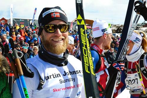 Martin Johnsrud Sundby vant Skarverennet 2017 på ny løyperekord. Arrangørfoto.