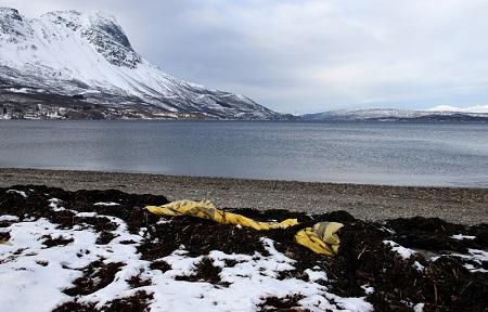 Strand marin avfall-lite (3).jpg