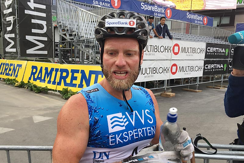 Martin Johnsrud Sundby har akkurat sikret seg seieren i det 60 km lange Blink Classics 2017. Foto: Sigmund Hov Moen.