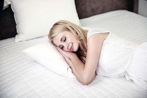 Søvn og hvile er avgjørende for å kunne yte, både fysisk og mentalt. Foto: Creative Commons/Pixabay.com.