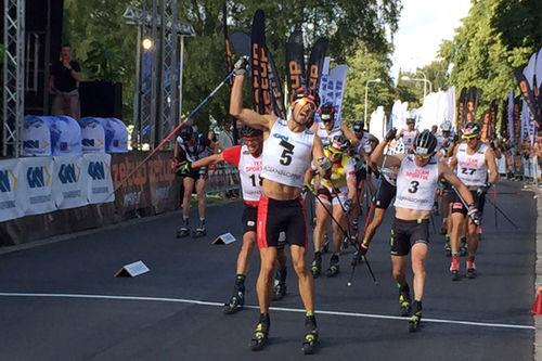 Andreas Nygaard spurter til seier i Alliansloppet 2017. Foto: Sigmund Hov Moen.