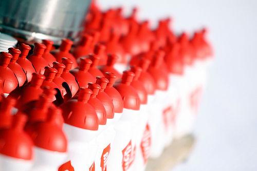 Dersom du ikke inntar væske under trening, vil du fort merke at energinivået synker. Foto: Casanova/NordicFocus.