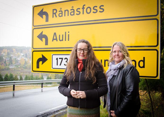 Ordfører Marianne Grimstad Hansen og Grete Sjøli