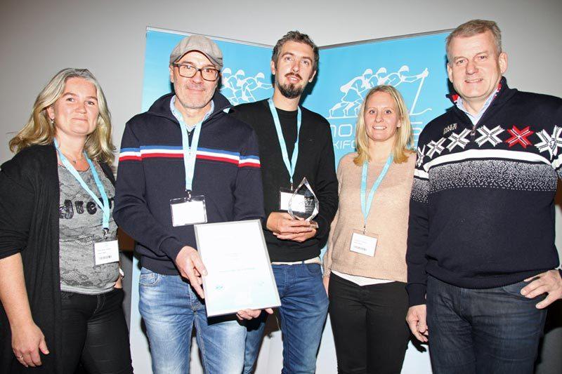 Fra venstre: Kirsti Gullstein, Jon Opsahl, Mathias Sataøen, Susanne Solheim og Erik Røste. Foto: Norges Skiforbund.