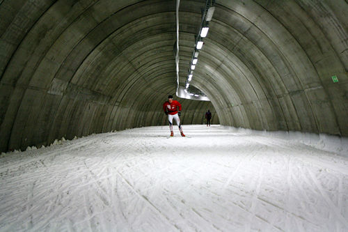 I Torsby Skitunnel er det snø og stabil vinter hele året. Slik får du mest ut av disse øktene. Foto: Petter Soleng Skinstad.