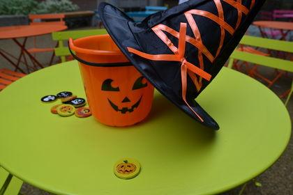 Halloween gotteri og bøtte