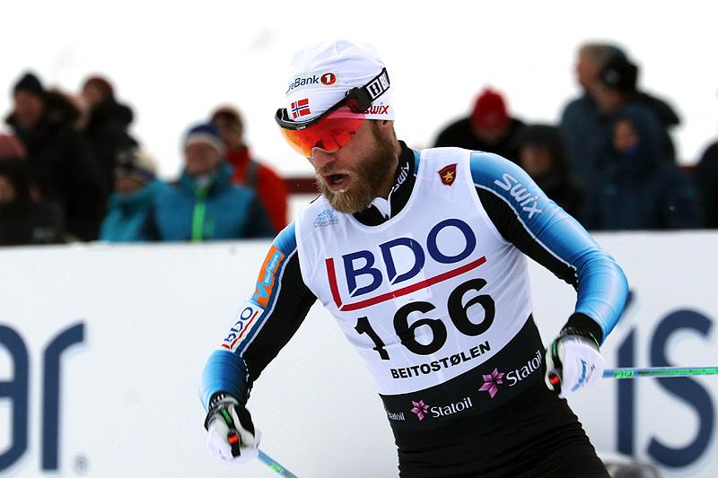 Martin Johnsrud Sundby på vei mot seier i den klassiske 15-kilometeren under Beitosprinten 2017. Foto: Erik Borg.