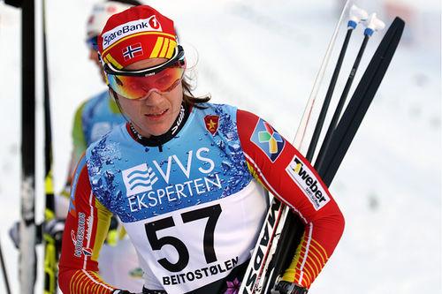 Heidi Weng etter 2. plassen på 10 kilometer klassisk under sesongåpningen på Beitostølen 2017. Foto: Erik Borg.