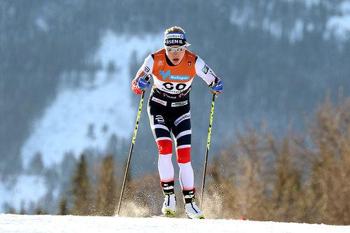 Ragnhild Haga knallet til med 2. plass på 10 kilometer fri teknikk under den nasjonale sesongåpningen på Beitostølen 2017. Foto: Erik Borg.