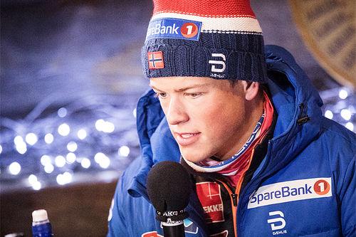 Johannes Høsflot Klæbo på pressekonferansen foran verdenscupens Ruka-tour i Kuusamo 2017. Foto: Modica/NordicFocus.