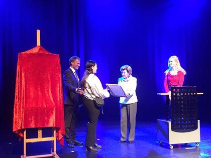 Dronning Sonja deler ut skuleprisen 2017 til Firda vgs