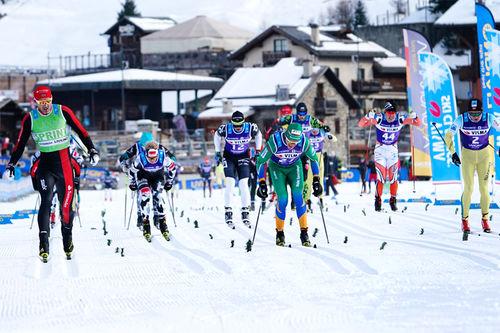 Innspurten under herrenes oppgjør av La Sgambeda 2017, renn nummer 2 i Visma Ski Classics, hvor seieren gikk til Andreas Nygaard. Foto: Magnus Östh/Visma Ski Classics.
