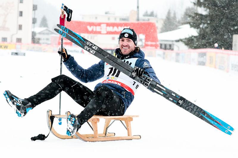 Maurice Manificat jubler over å ha vunnet 15 km fri under verdenscupen i Davos 2017. Foto: Modica/NordicFocus.