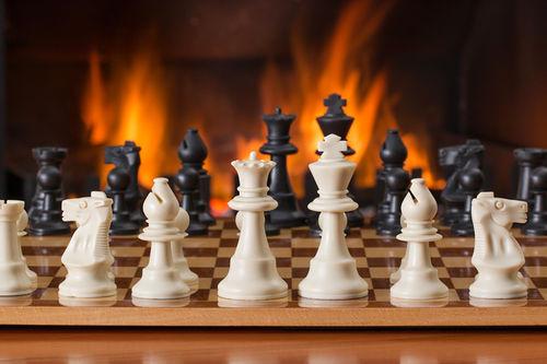 VM i Hurtigsjakk og Lynsjakk med blant andre Magnus Carlsen gjennomføres i russiske St. Petersburg i romjula 2018. Foto: Creative Commons/Pixabay.com.
