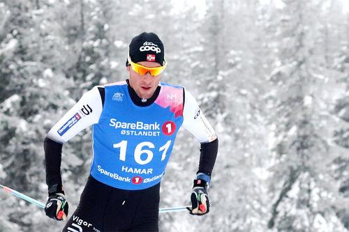 Chris Jespersen ute på 15 km under NM på Gåsbu 2018. Foto: Erik Borg.