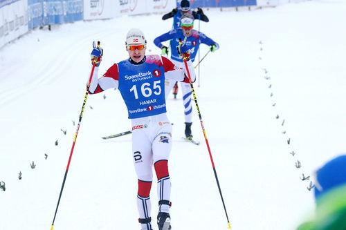 Simen Hegstad Krüger inn til NM-gull på 15 km fri under mesterskapet på Gåsbu 2018. Foto: Erik Borg.