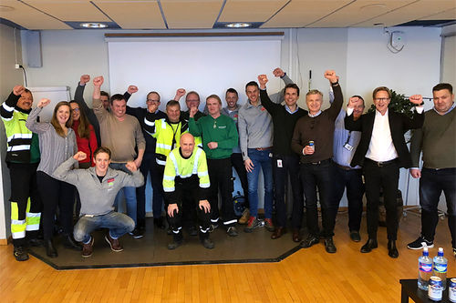 Auklandgutta og Team Santander skal samarbeide med Ringnes som et ledd i å øke formen blant de ansatte. Foto: Team Santander.