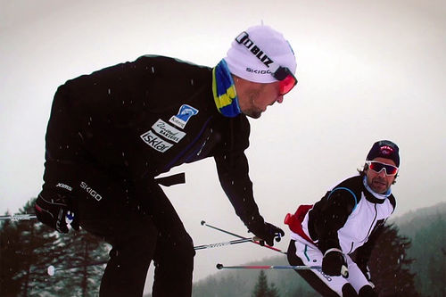 Skjermdump fra reportasjen med Team Koteng, produsert av Visma Ski Classics, presentert på YouTube-kanalen til Langrenn.com.