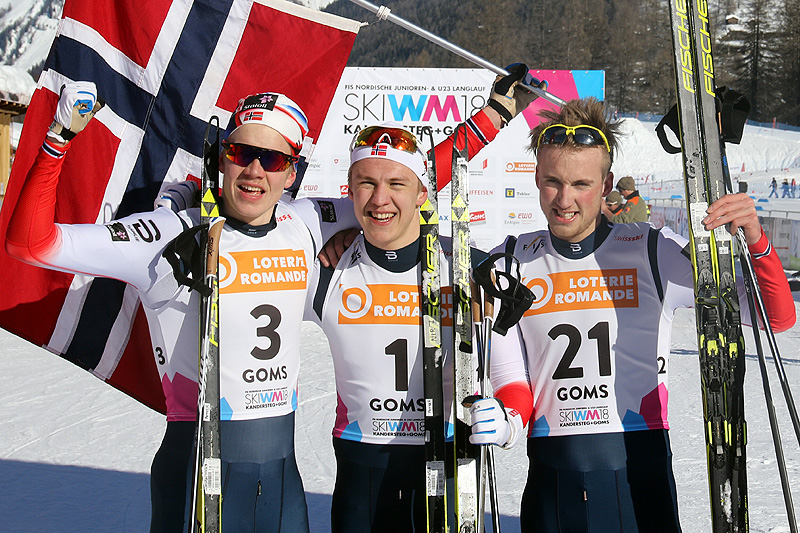 Medaljevinnerne på herrenes sprint under U23-VM i Goms og Sveits 2018. Fra venstre: Jan Thomas Jenssen (2.-plass), Erik Valnes (1) og Even Northug (3). Foto: Erik Borg.