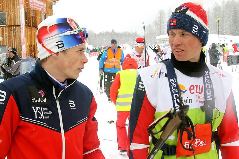 Geir Endre Rogn (t.h.) sammen med Harald Østberg Amundsen under Junior-VM i Goms 2018. Nå er Harald blant de aller beste seniorene. Foto: Erik Borg.