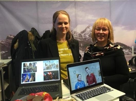 Kommunalsjef helse og omsorg Grete Prestegård, personal/HR-medarbeider Beate Bye Strand på emigrasjonsmesse i Nederland.