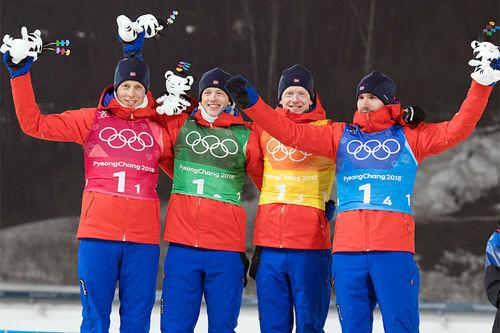 Norges sølvgutter fra OL-stafetten i skiskyting i Pyeongchang 2018. Fra venstre: Lars Helge Birkeland (1. etappe), Tarjei Bø (2), Johannes Thingnes Bø (3) og Emil Hegle Svendsen (4). Foto: Manzoni/NordicFocus.