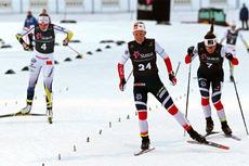 Anne Kjersti Kalvå går her inn til seier i sprintfinalen av Skandinavisk Cup i Trondheim og Granåsen 2018. Nærmest fulgte Jonna Sundling og Tiril Udnes Weng. Foto: Norges Skiforbund.