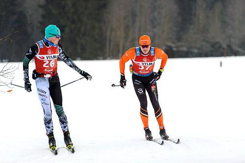 Vinjar Skogsholm (t.h., her i Kaiser Maximilan Lauf) forteller overfor Langrenn.com hvordan han jobber mellom sesongens to hovedmål, Vasaloppet og Birkebeinerrennet. Foto: Rauschendorfer/NordicFocus.
