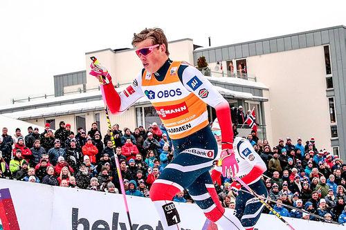 Johannes Høsflot Klæbo under verdenscupsprinten i Drammen 2018. Det endte til slutt med klar seier. Foto: Thibaut/NordicFocus.