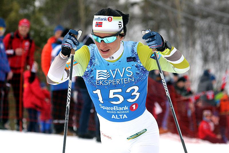 Marit Bjørgen på vei mot gull på 5 km klassisk under NM i Alta 2018. Foto: Erik Borg.