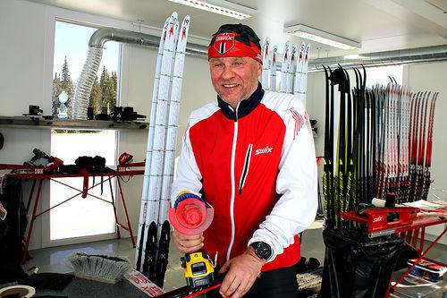 Ole Bjørn Tretterud og resten av gjengen i Swix tester og utvikler framtidas glidprodukter i sitt toppmoderne testsenter på Mosetertoppen ved Hafjell. Foto: Swix.