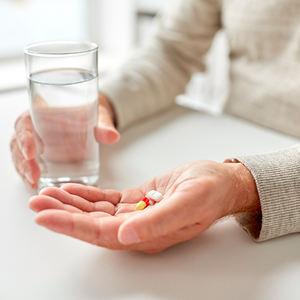 bs-age-medicine-162215537-400