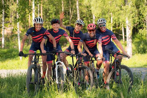 Milslukern Girlpower består av seks treningsglade jenter med forskjellig treningsbakgrunn og –mål. Foto: Milslukern Sport.