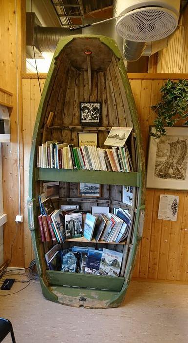 Biblioteket på Husøy