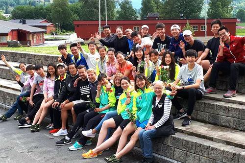 Meråker videregående skole har for tiden 30 kinesiske utøvere på et 3 måneder langt treningsopphold. Foto: Meråker videregående skole.