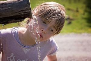 Illustrasjon drikkevann