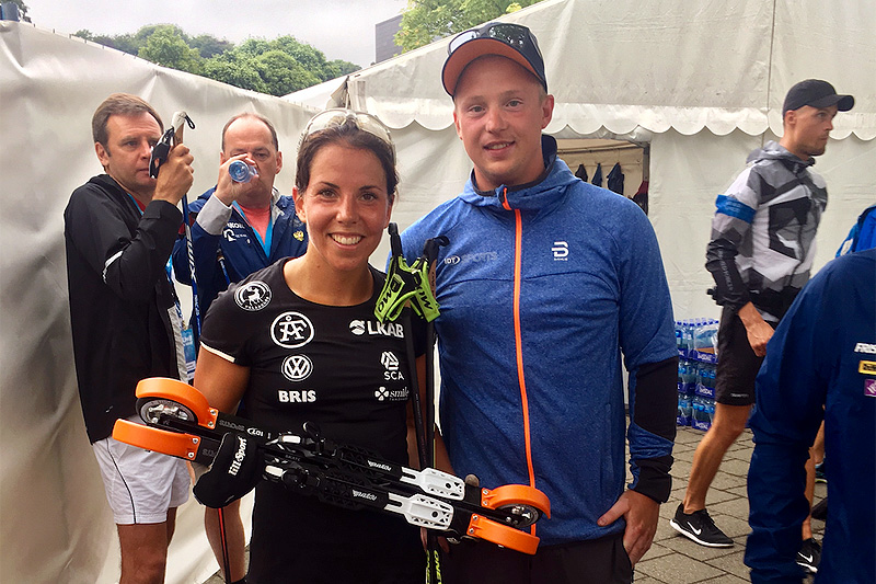 Charlotte Kalla og det svenske skilandslaget har inngått en toårig avtale med den Morten Iversbakken og den norske rulleskileverandøren IDT. Foto: IDT.