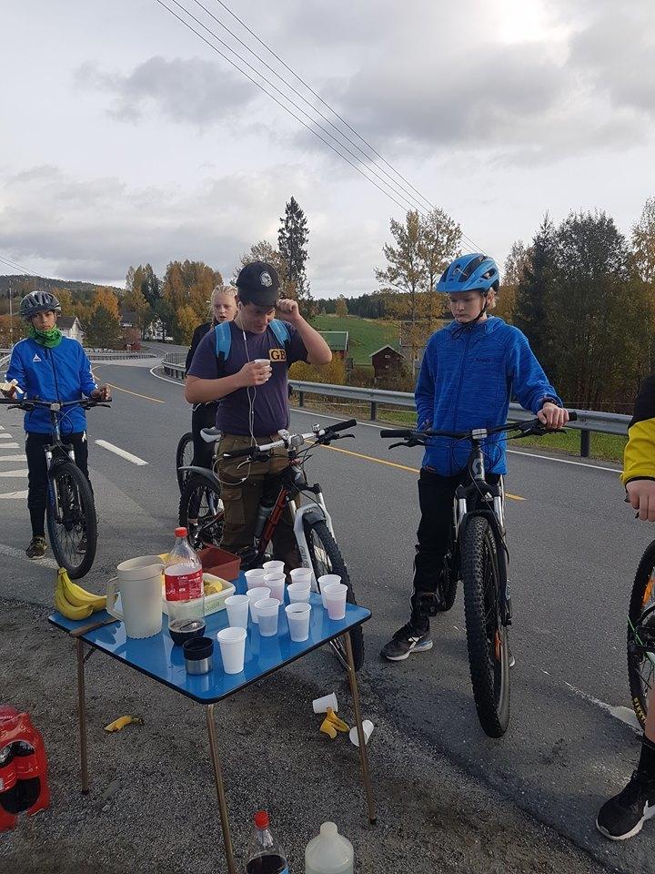 triatlon_sykkling_matstasjon.jpg