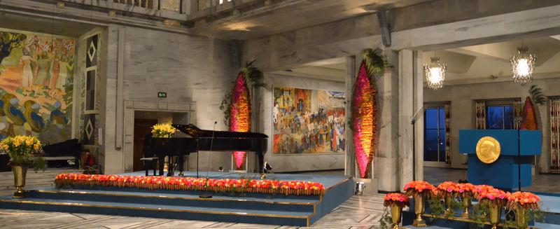 Nobels-Flowers01-1100x450