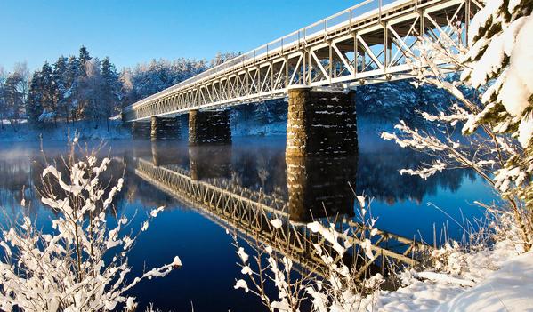 16 - Jernbanebrua Hornnes 271209 Geir Daasvatn_600x351.jpg