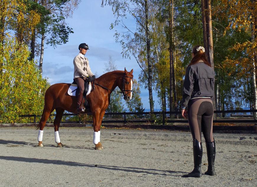 Bilde av rideundervisning.