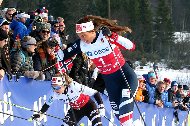 Kristine Stavås Skistad under Beitosprinten 2018. Juniorenen slo seg inn på 2.-plass i skøytesprinten. Foto: Erik Borg.