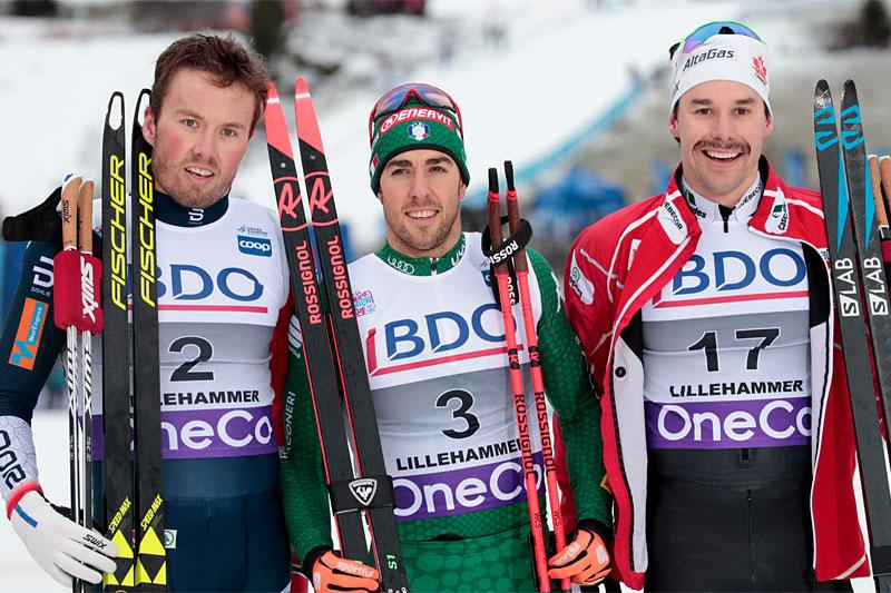 Herrepallen under verdenscupens sprint på Lillehammer i 2018. Fra venstre: Emil Iversen (2. plass), Federico Pellegrino (1) og Alex Harvey (3). Foto: Modica/NordicFocus.