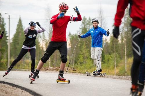 Trening med faglærer Bjørn Burås og elever ved toppidrettslinja på Trysil videregående skole. Foto: Ola Matsson.